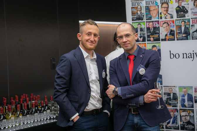 Pracownicy allcomp podczas 100 jubileuszu meble.pl
